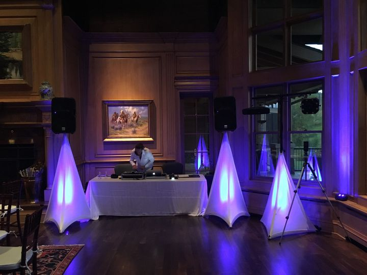 Encore Professional Disc Jockeys