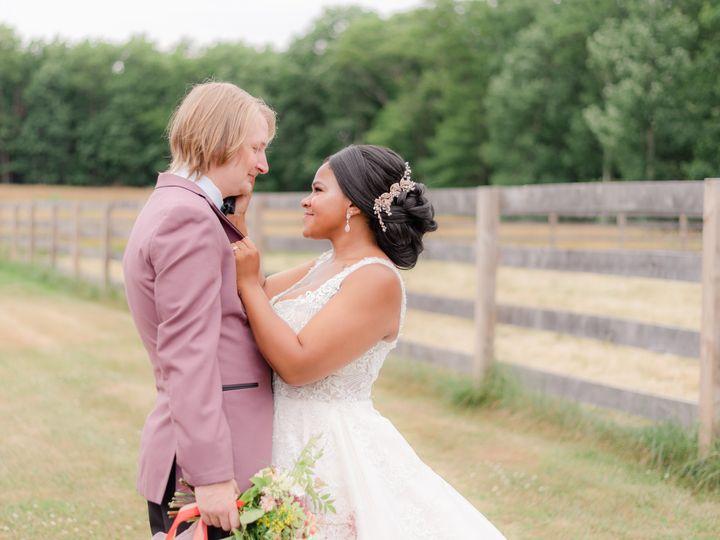 Tmx Fireflyfarmssneakpeaks01 51 1011034 159607282145460 State College wedding photography