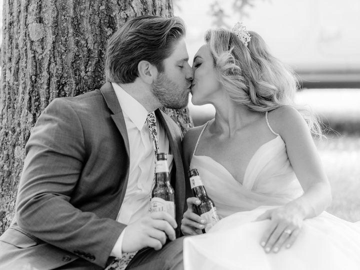 Tmx Fireflyfarmssneakpeaks05 51 1011034 159607282328268 State College wedding photography