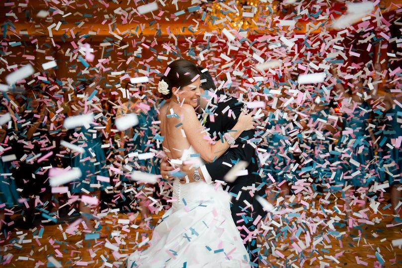 800x800 1418246372816 weddingconfetti2