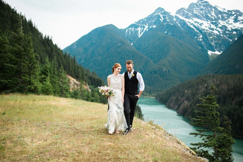 diablo lake elopement photography seattle weddin