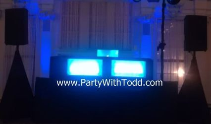 Party With Todd - Todd Moffre Entertainment 1