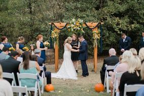 Katie Coleman - Wedding Officiant
