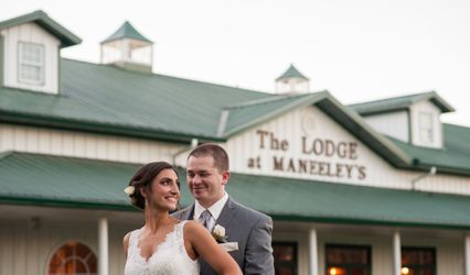 Maneeleys Banquet & Catering and The Lodge at Maneeley's