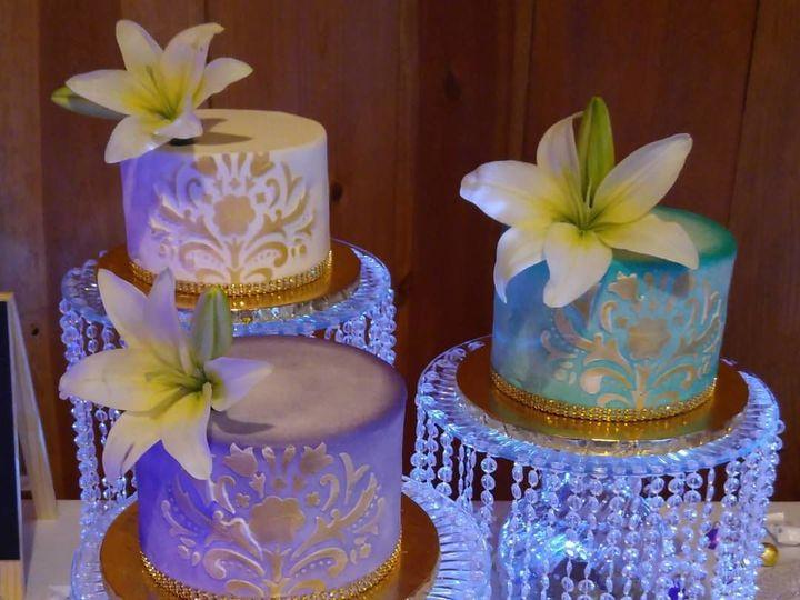 Tmx 1517212154 65fadc8a6d0e9801 1517212153 46c331f91f647197 1517212150219 4 12186423 102068489 Sacramento wedding cake