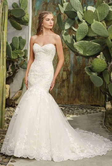 Casablanca bridal dress attire anaheim weddingwire for Wedding dress cleaning birmingham