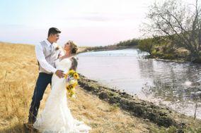 Alora McGuire Photography