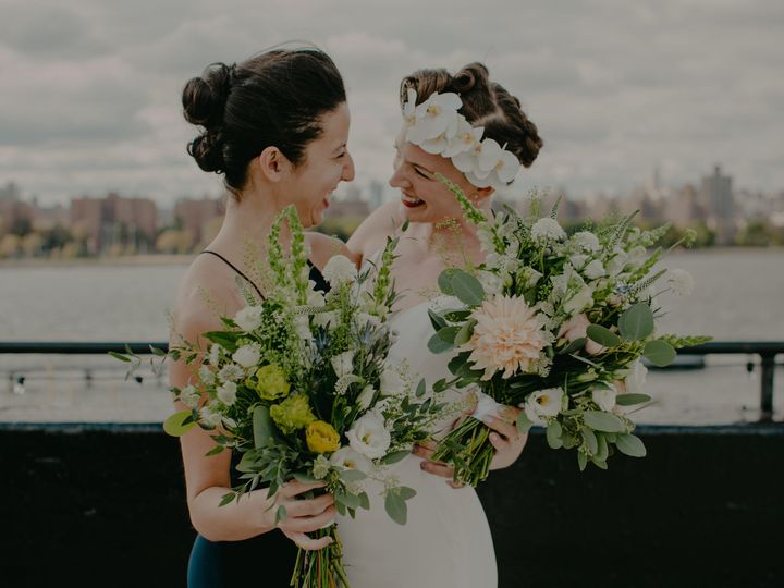 Tmx 1515189306 596080db8c8b244e 1515189302 4146a2044871cfd9 1515175416535 4 The W Loft Brookly Brooklyn, NY wedding florist