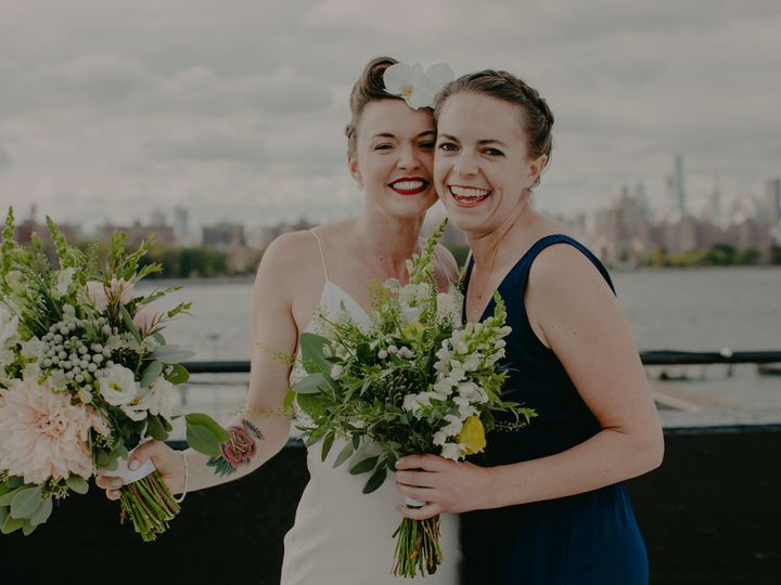Tmx 1515189306 6871dacd3f9a4cd3 1515189302 45a56890415b737e 1515175416530 3 The W Loft Brookly Brooklyn, NY wedding florist