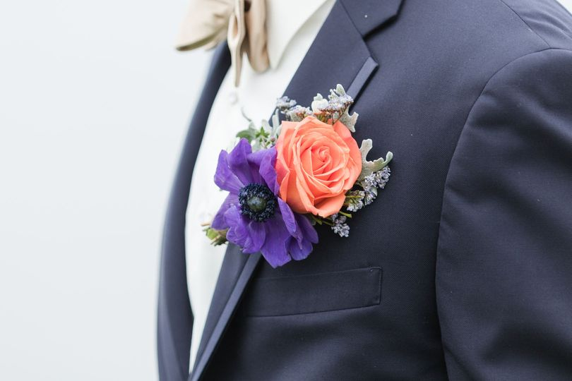 Boutonniere | Photo by Kirsten Barbara Photography