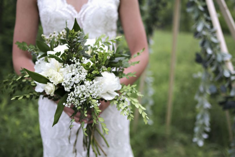 Bridal bouquet | Photo by Willow and Wren Photography