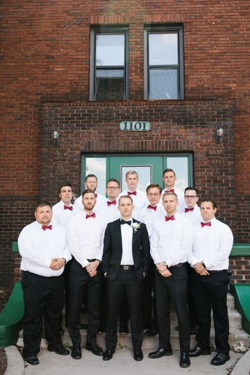 Groom and groomsmen | Photo by Shane Long Photography