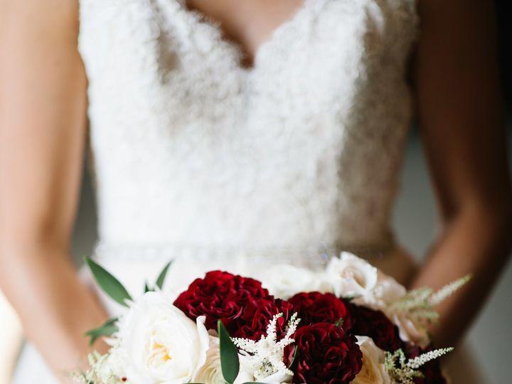 Tmx 1533068587 387b1a183ac9d596 1533068582 01415ff79c2eb1c6 1533068561144 4 IMG 0095 Minneapolis, MN wedding florist