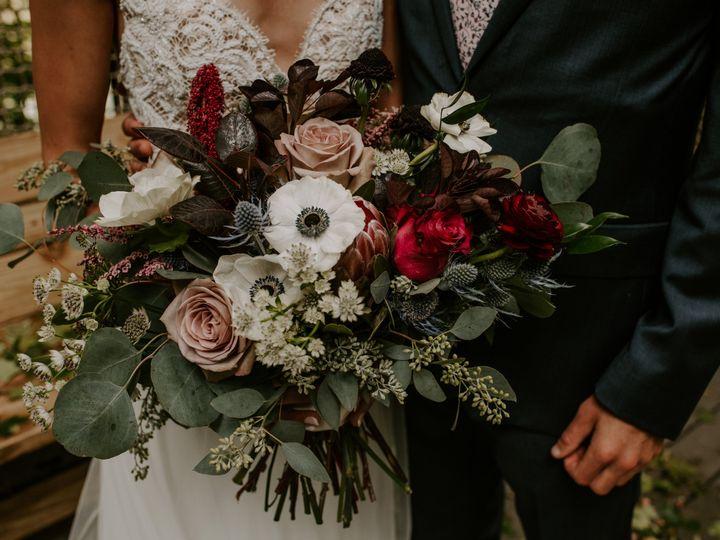 Tmx Haleytyler2020136 51 1010134 161047030877083 Minneapolis, MN wedding florist
