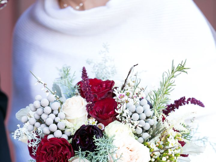 Tmx Hannahskog Chaselapanwed December 15 2018 242 51 1010134 Minneapolis, MN wedding florist
