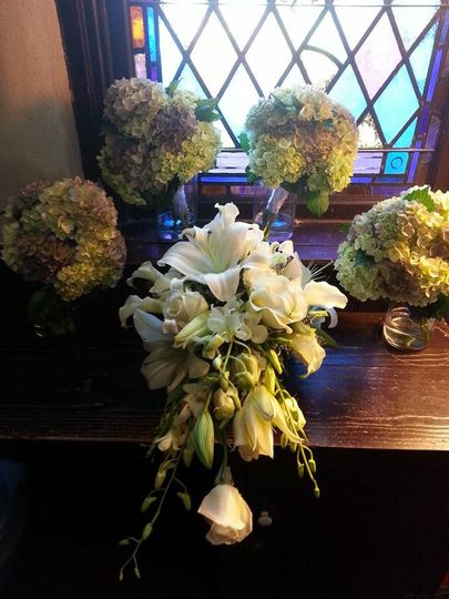 Hydrangea centerpieces and sample bouquet
