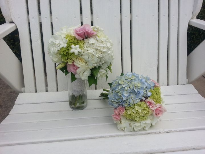 Tmx 1378664158475 Bride And Bridesmaid Charlotte wedding florist