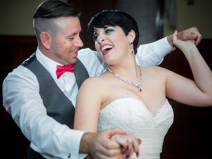 Tmx 1524702989 060d44075336eeda 1524702987 4b20edc75bf36b36 1524702915203 78 Weddings167 Griffin, GA wedding photography