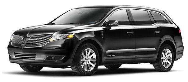 Tmx 1520361590 2cba6e9765825cc7 1520361590 76d772ee788f0167 1520361589432 8 Lincoln MKT Fairfield, CA wedding transportation