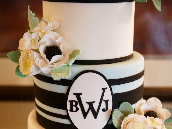 Tmx 1436227510979 2015.05.30 Bergan1 Seattle wedding cake