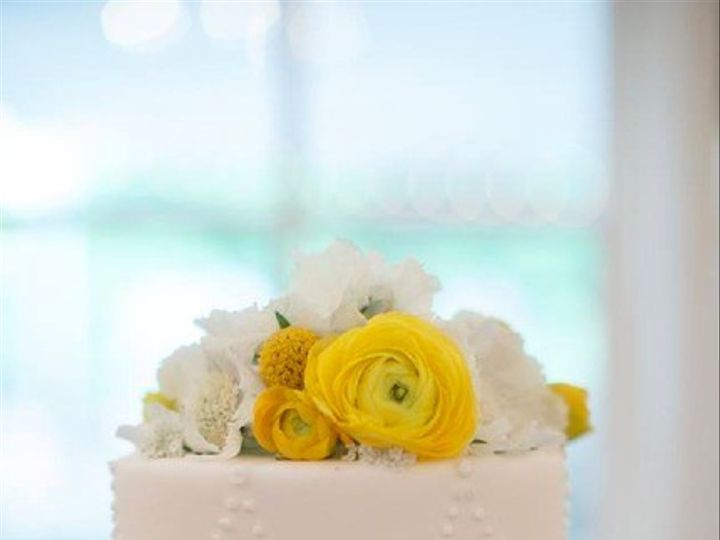 Tmx 1436227549831 Cakewfresh.flowers Seattle wedding cake