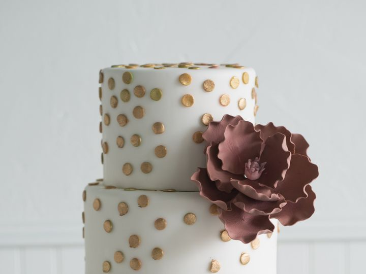 Tmx 1436227622127 Gold Confetti Seattle wedding cake