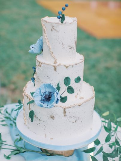 Abstract Gold & Blue Cake