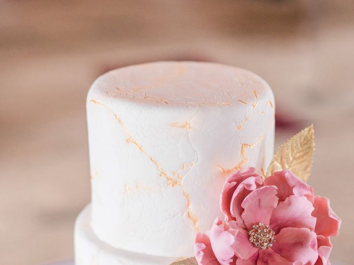 Tmx Cake Bee 3 51 135134 Warrenton, VA wedding cake