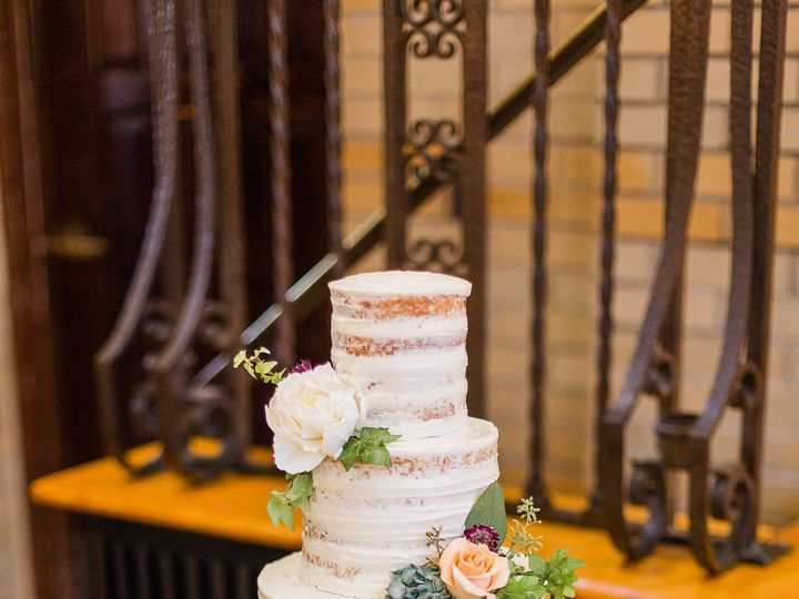 Tmx Chidimmaamit Blog 77 51 135134 1565581545 Warrenton, VA wedding cake