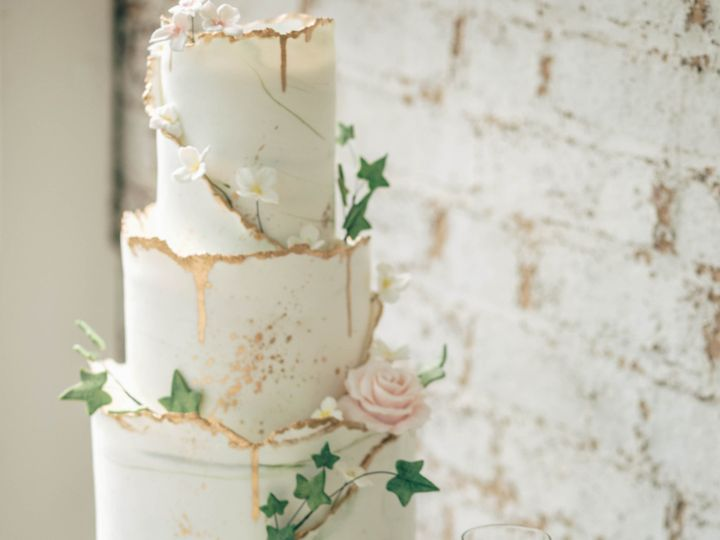 Tmx Sg 244 51 135134 1565581365 Warrenton, VA wedding cake