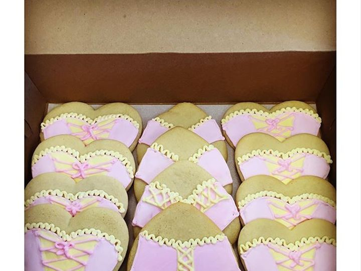 Tmx 1469208680400 1139b366e606f9c80768162ebad71710 Odessa wedding cake