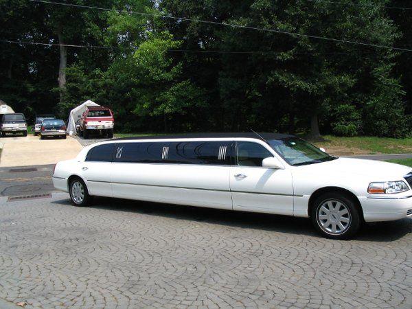 8 seat super stretch limousine