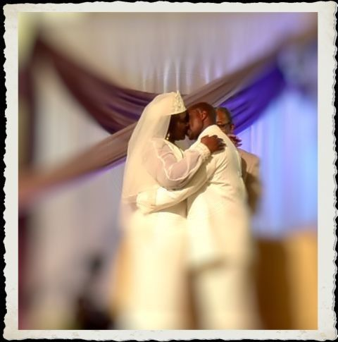 RM STUDIOS PHOTO: Wedding photo of marriage kiss