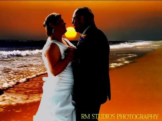 RM STUDIOS WEDDING PHOTOS:Wedding glamour Shot