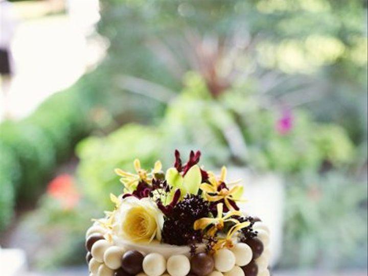 Tmx 1318536617896 TourdBridesEricaAnnPhotography162 Newberg wedding cake