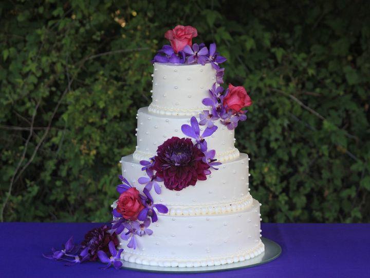 Tmx 1344793112126 EOS201207213579 Newberg wedding cake
