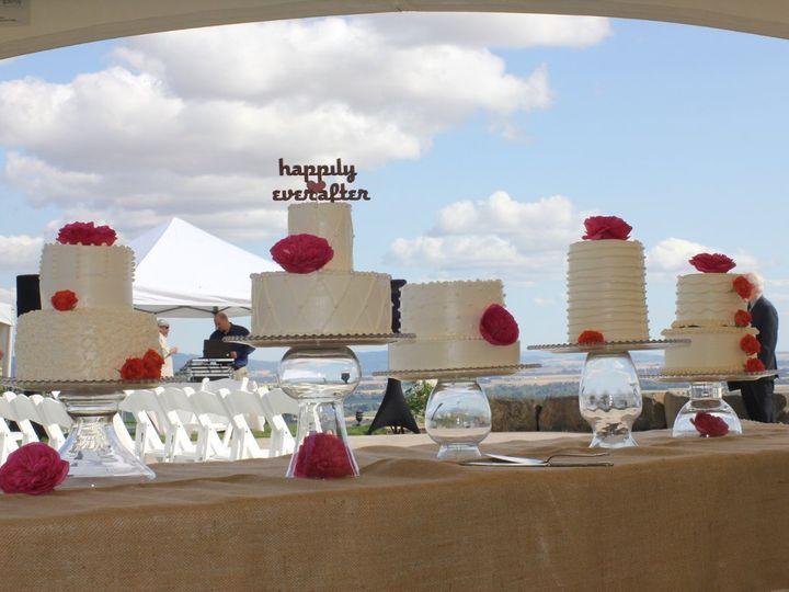 Tmx 1344793198475 EOS201207283639 Newberg wedding cake