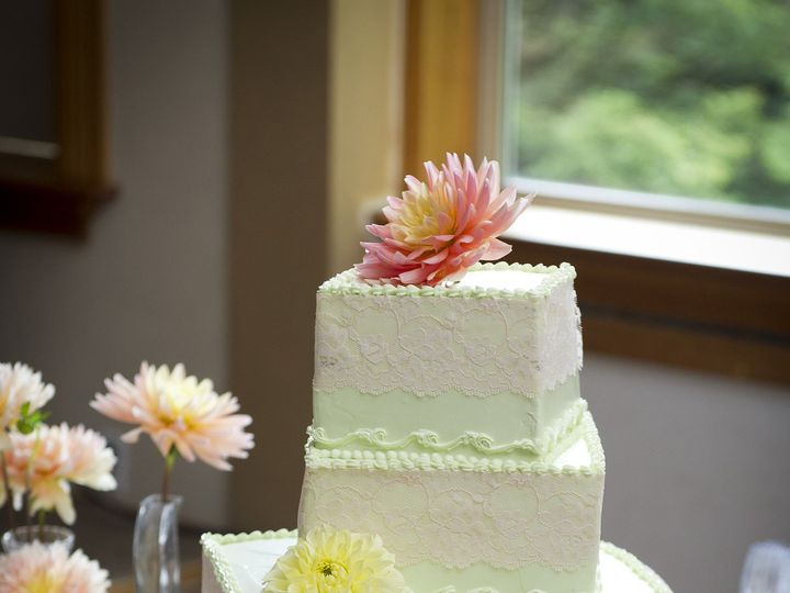 Tmx 1365100816495 437vivanco082612 Newberg wedding cake