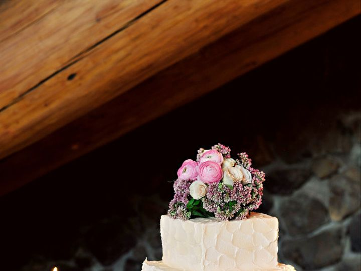 Tmx 1365101338039 Khajaviporeskydeylahussphotographydey3500low Newberg wedding cake