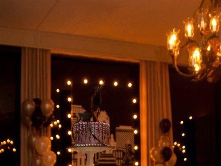 Tmx 1399309811728 Cupcake Stand Whit Newberg wedding cake