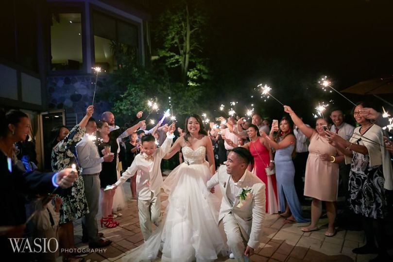af4df7227a1a2e7d 50 bull valley golf club chicago wedding sparklers