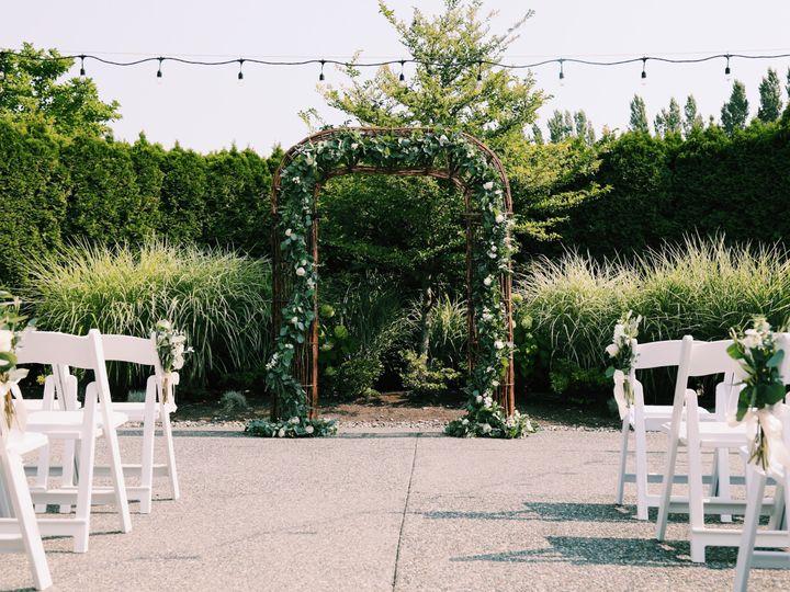 Tmx 3a46e344 96d7 4766 B8a2 0344bd27f739 51 126234 Everett, WA wedding florist