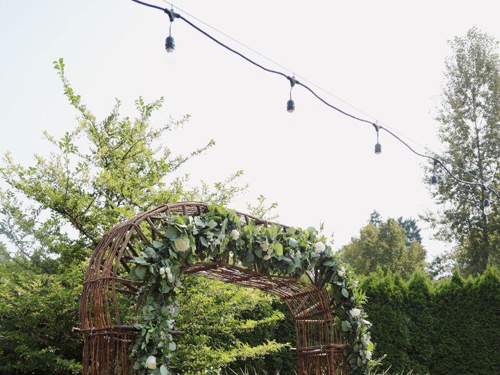 Tmx Ffb7fbb2 B70c 4c6e 91f9 Ad87644d3368 51 126234 Everett, WA wedding florist