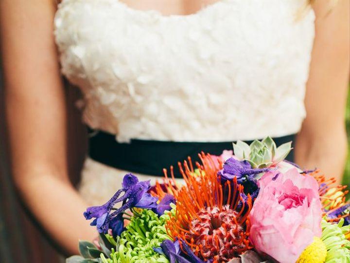 Tmx Theriault Salvador Love Song Photo 014820130823meghanjjwedding7418 Low 51 126234 Everett, WA wedding florist