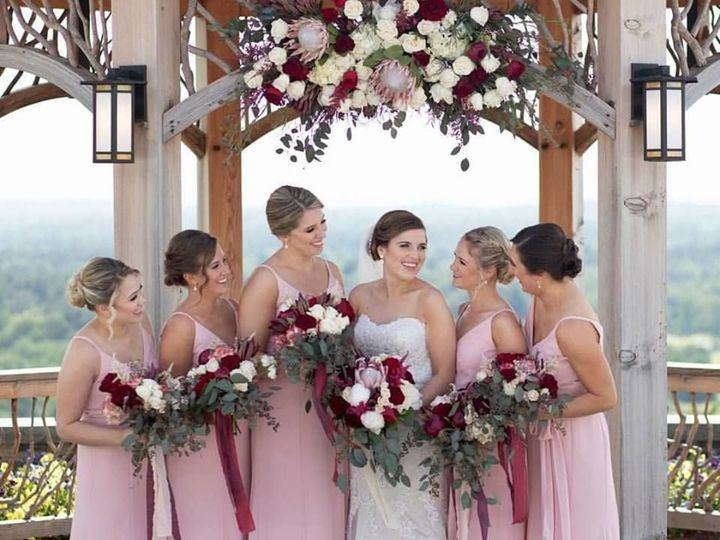 Tmx 1538949389 C275f50f5c177f02 1538949387 B022e0edd0097205 1538949410730 2 34702351 238465580 Westfield, MA wedding beauty