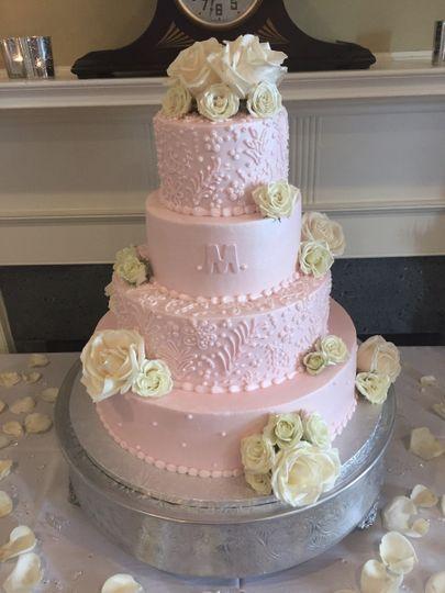 Jeanas Great Cakes Wedding Cake Cincinnati OH WeddingWire