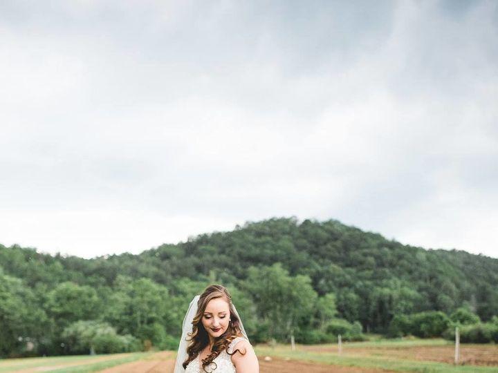 Tmx 1524881229 1df360e99a3cfe5f 1524881227 50372a68d178e2ba 1524881227240 6 21458292 102108672 Newport News wedding beauty
