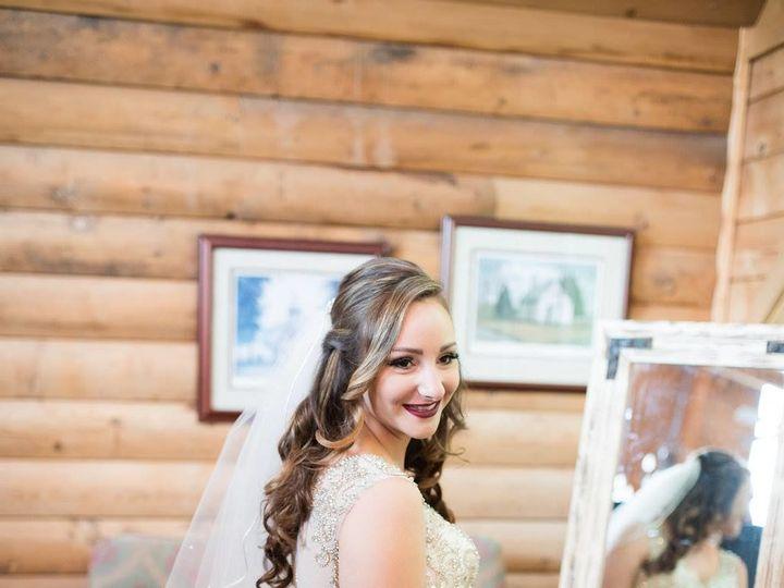 Tmx 1524881229 8e5f44ff1a98e485 1524881228 Cb4ff2888282c85c 1524881227243 9 21544001 102108672 Newport News wedding beauty