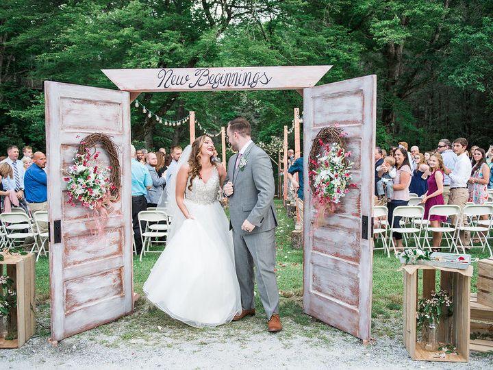 Tmx 1533911761 Ee3764cc9f954e82 1533911760 Ba4913937c558a89 1533911756819 2 CarllCeremony 247 Newport News wedding beauty