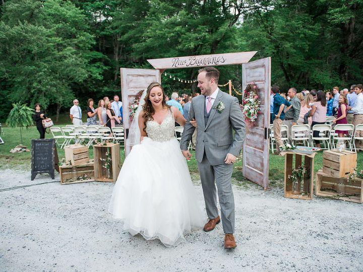Tmx 1533911762 B46ec9d7243babe0 1533911760 338c857d70414747 1533911756821 4 CarllCeremony 249 Newport News wedding beauty